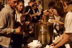 Distribution de chocolat chaud